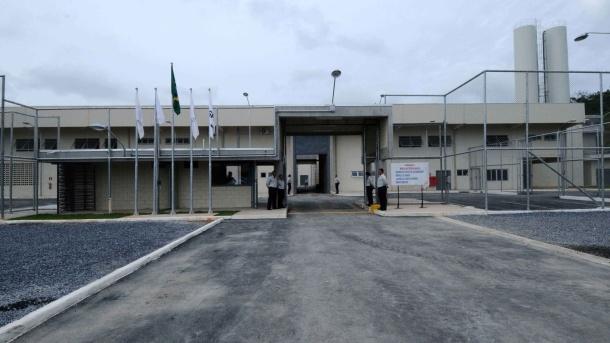 15jan2013---complexo-penitenciario-em-ribeirao-das-neves-na-regiao-metropolitana-de-belo-horizonte-o-primeiro-presidio-privado-do-pais-1358285885879_1920x1080